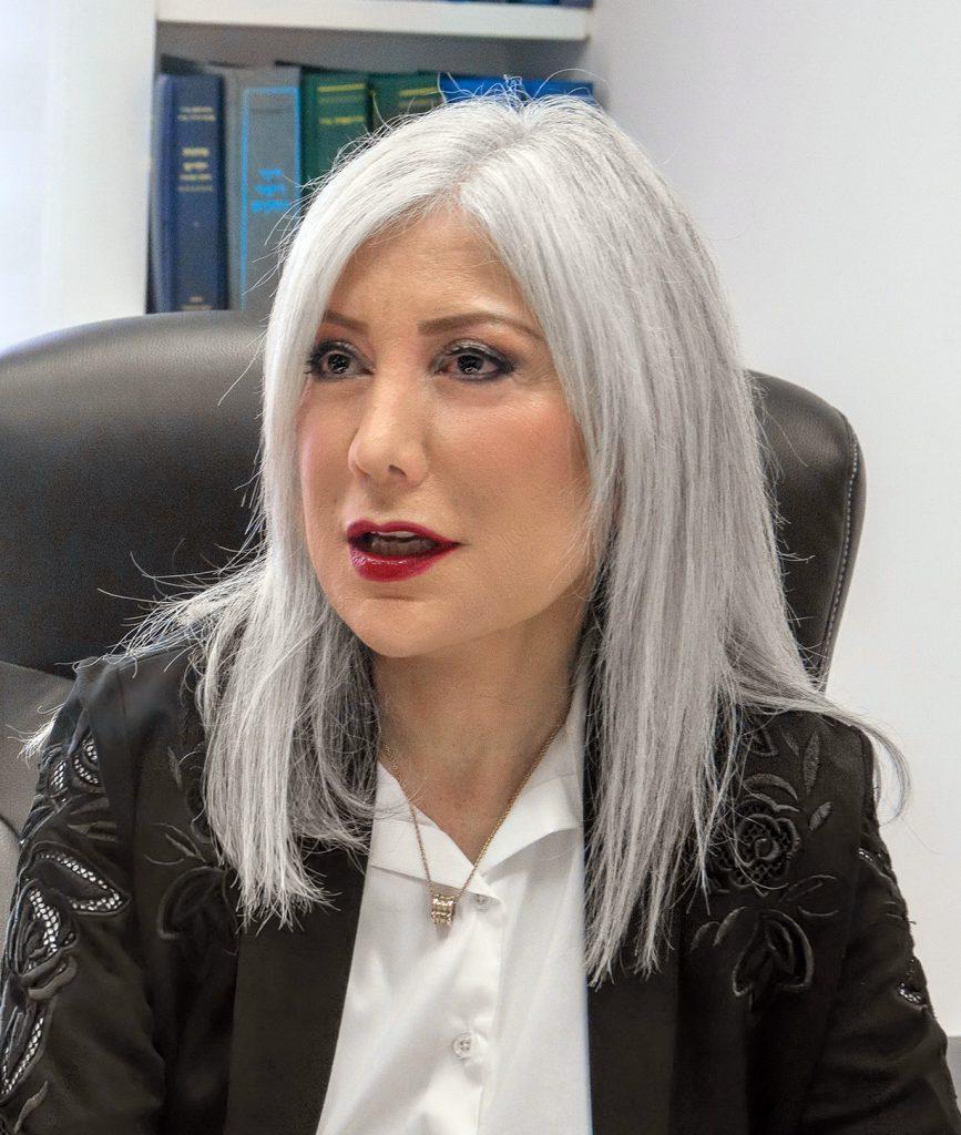 """הכוהנת הגדולה של הגירושין בישראל. צילום יח""""צ"""