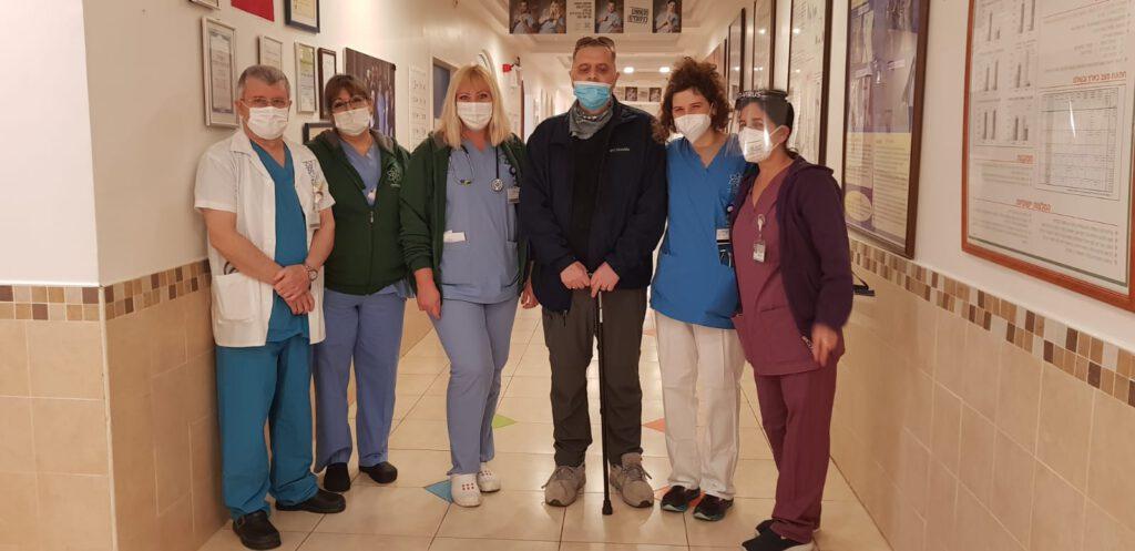 חולה הקורונה הקשה ביותר חזר לביקור/המרכז הרפואי לגליל