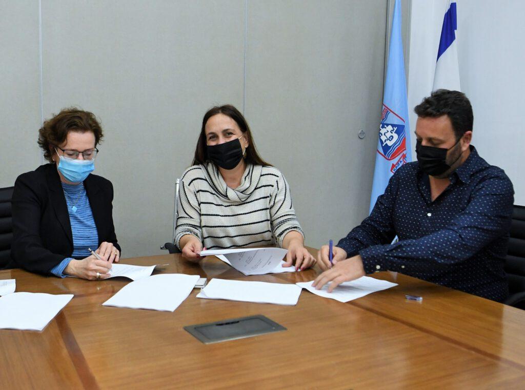 הסכם היסטורי נחתם בין עיריית חיפה והחברה הממשלתית למתנסים