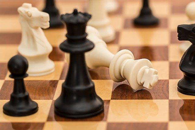 לאחר שנדחה פעמיים בשל מגבלות הקורונה הפעם זה סוף סוף קורה: אליפות ישראל בשחמט יוצאת לדרך!