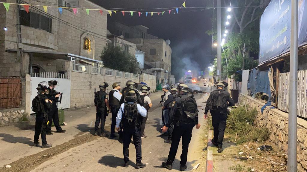 המשטרה עצרה הלילה 13 חשודים בהפגנות האלימות שאירעו אמש והלילה בואדי ערה