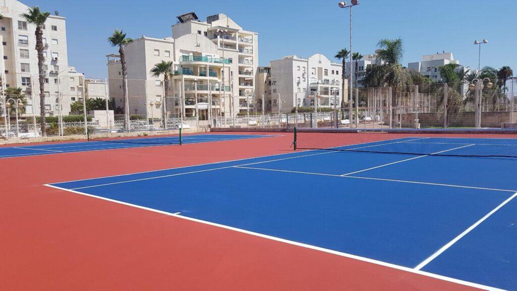 חונכים את מרכז הטניס בנהריה!