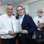 """לראשונה בישראל: """"יד עזר לחבר"""" חנכה מוקד מצוקה וסיוע ארצי לניצולי שואה וקשישים"""