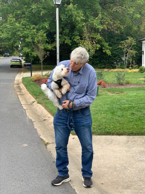הפועל אלמוג חיפה ואגודת צער בעלי חיים בקמפיין משותף לאימוץ כלבים וחתולים שננטשו
